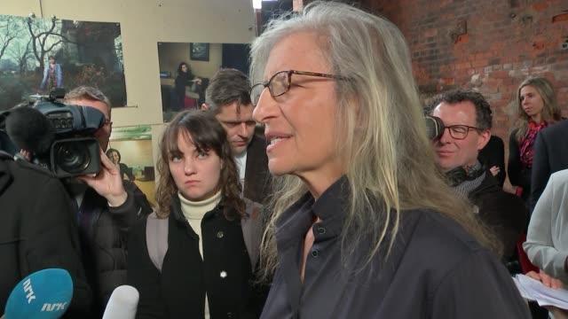 New Annie Leibovitz exhibition opens in London ENGLAND London Wapping Leibovitz speaking to press SOT
