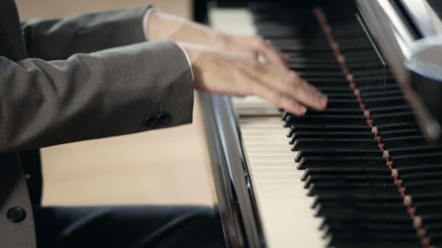 Pianist komponiert Musik