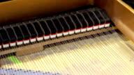 Piano (HD)