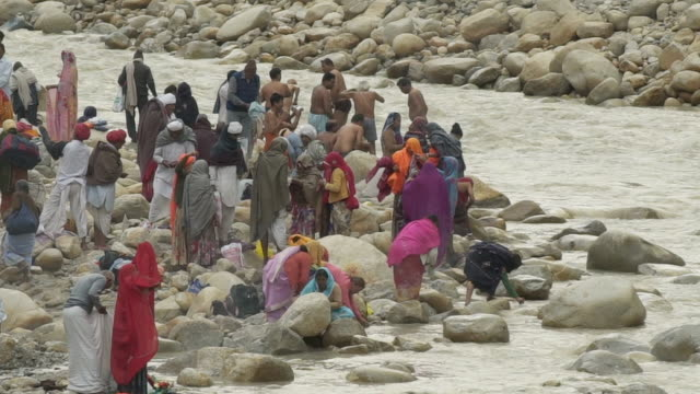 W/S pilgrims in Gangotri (source of the Ganges river)
