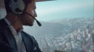 Vola in elicottero pilota