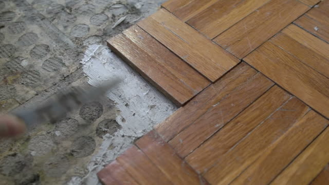 placing and gluing parquet