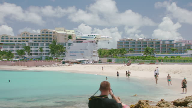 WS PAN Plane landing approach over Maho Beach / St. Maarten