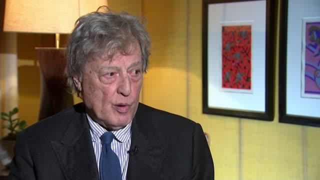Playwright Sir Tom Stoppard wins lifetime achievement award Sir Tom Stoppard interview SOT On difficulty of writing play now