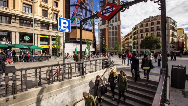 Plaza del Callao Metro - Motion Timelapse