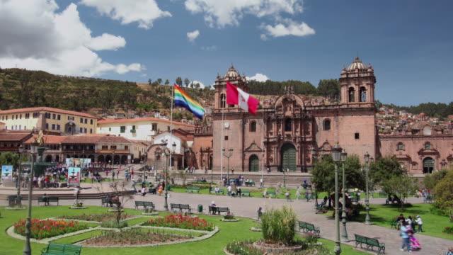 Plaza-de-Armas, Cuzco, Peru