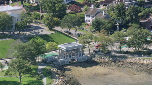 Aerial plymouth rock monument at waters edge traffic for Landscaping rocks new plymouth