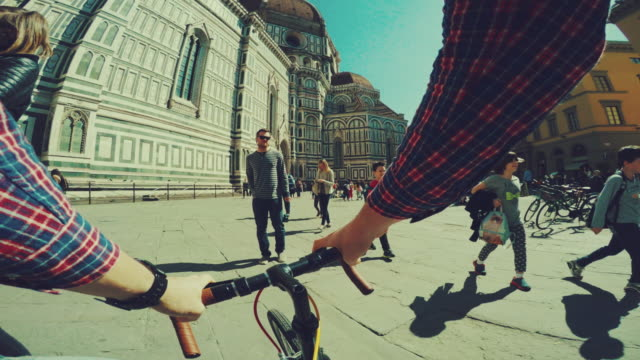 Point of view POV bicycle: duomo of Firenze