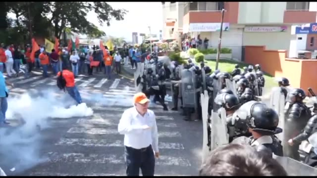 Police clash with protesters in Tachira while rivals and allies of Venezuelan President Nicolas Maduro rallied in the Streets of various cities...