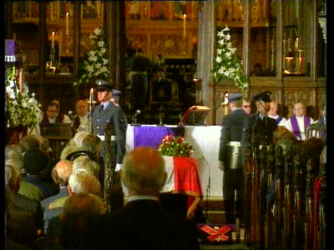 Polish war hero ENGLAND Notts Newark Cathedral MS Military service taking place for Gen Vladislav Sikorsky around his coffin MS Coffin draped in...