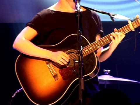 Nationwide Mercury Music Prize 2008 nominations Laura Marling performs song 'Ghost' on stage SOT