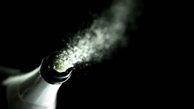 Pop the Cork (Super Slow Motion)