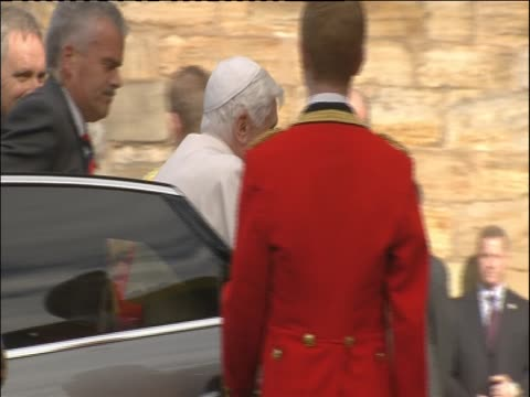 Pope Benedict XVI prepare to give speech before Queen Elizabeth II at Palace of Holyroodhouse her official residence in Scotland