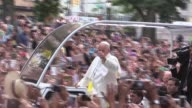Pope Francis procession through Central Park with a crowd of 80000