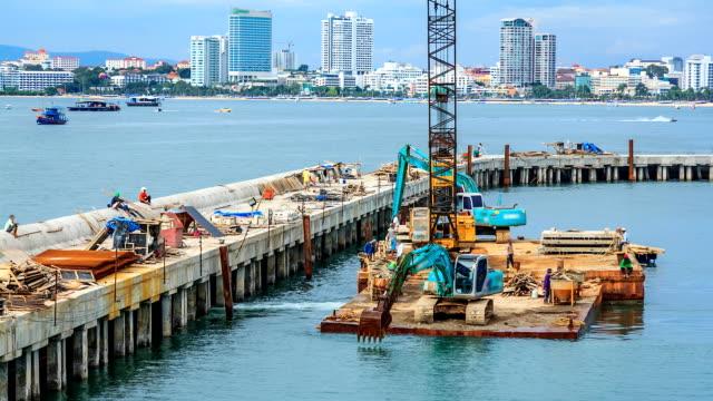 Porto di costruzione sul mare e TIME LAPSE