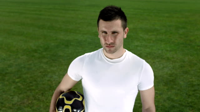 HD DOLLY: Portrait Of A Soccer Player