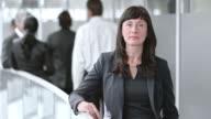 SLO MO DS Ritratto di una donna d'affari esperto
