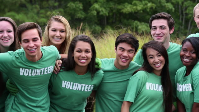 MS DS Portrait of Diverse Group of Teens in Volunteer Shirts / Richmond, Virginia, United States