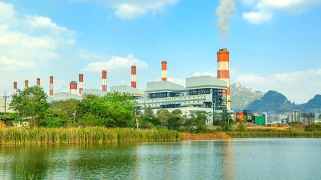 Power plant (Time lapse).