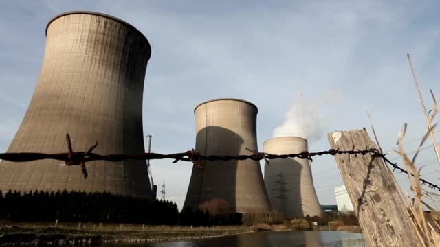 Power Plants - Montage