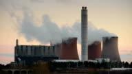 Kraftwerk-Kühlturm