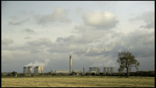 Power Station time-lapse, Low/Heavy Clouds