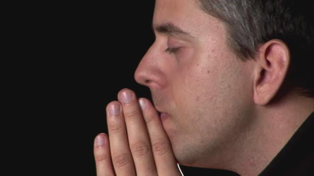 HD: Praying