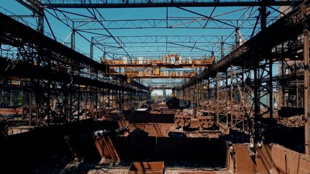 Vorbereitung der Materialien im Metallurgie-Werk