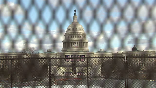 Preparations taking place around the US Capitol and the National Mall ahead of the 2017 US Presidential Inauguration