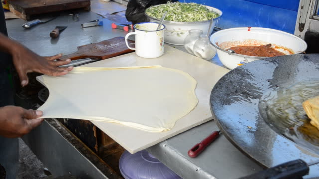 Preparing a pancake