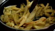 Preparing French frie