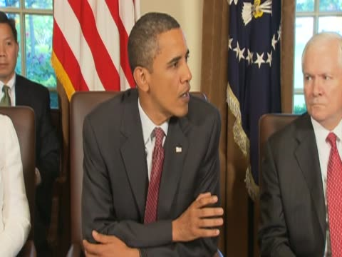 US President Barack Obama briefs press on issues raised at cabinet meeting