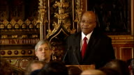 Jacob Zuma speech to MPs Jacob Zuma speech continues SOT With your indulgence distinguished guests I wish to quote some excerpts from the Commons...