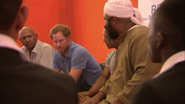 Prince Harry has given some royal treatment to a group of teenagers at a youth centre in South Africa that encourages them to avoid a life of crime...