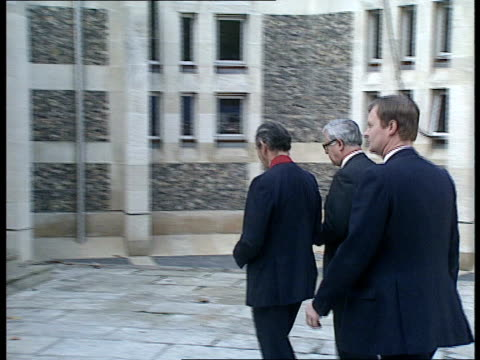 Princess Diana attends Marchioness Memorial at Southwark Cathedral *CR1183 SOUTHWARK London EXT Gv's of Simon Hughes MP Deputy PM Sir Geoffrey Howe...
