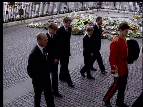 Burrell trial collapses LIB Westminster Abbey Coffin of Diana Princess of Wales carried along in funeral procession followed by Philip Charles Prince...