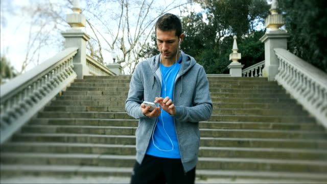 Programming the app to start running