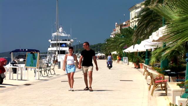 HD: Promenade am Meer