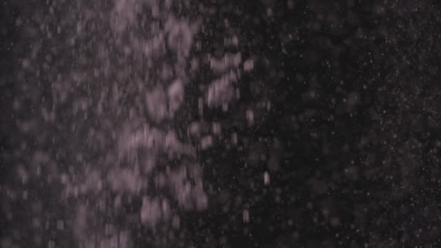 MS SLO MO Purple powder falling / United Kingdom