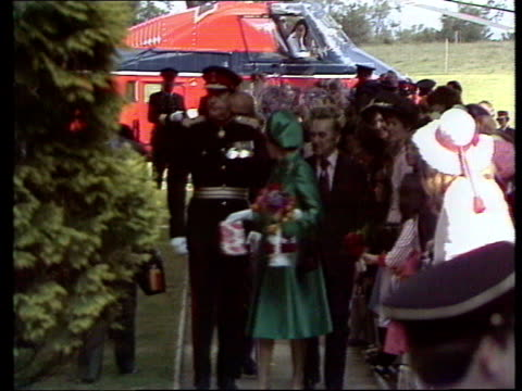 Queen and Prince Philip Collection 2 l0877 Queen arrival at Hillsborough investiture garden party