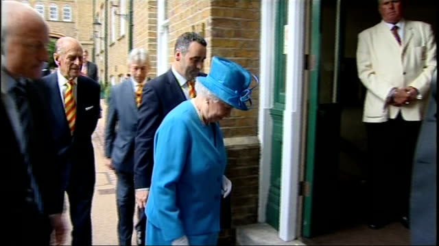 Queen Elizabeth attends Ashes Test at Lords ENGLAND London Lords EXT Queen Elizabeth and Prince Philip arrival by car and greeted by Lords officials/...