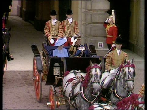 Queen Elizabeth II and Prince Philip leave Buckingham Palace in horse drawn carriage Royal Wedding of Prince Andrew and Sarah Ferguson 23 Jul 86