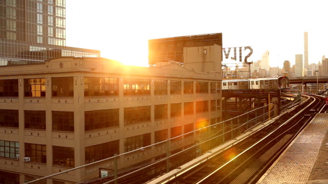 Queensboro Plaza Subway solnedgång i New York City