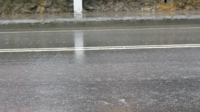 Regen und Autos