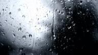 Rainy Day-Regen-Tropfen auf Glas (Full HD