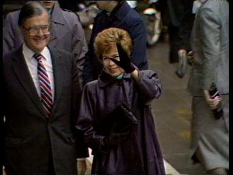 Raisa Gorbachev waves to photographers during visit to St Paul's Cathedral 06 Apr 89