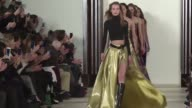 Ralph Lauren showed off his Fall 2016 collection at New York Fashion Week on Thursday with styles ranging from practical yet chic town and country...