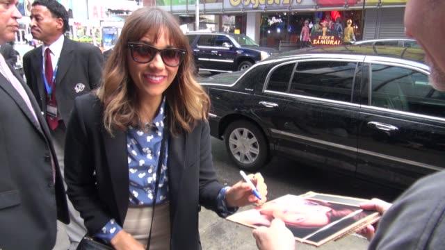 Rashida Jones arrives at Good Morning America in New York 08/01/12