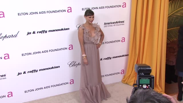 Rashida Jones at the 19th Annual Elton John AIDS Foundation Academy Awards Viewing Party Part 2 at West Hollywood CA