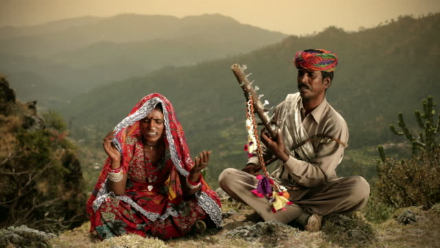 Real people from rural India: Folk singers of Rajasthan